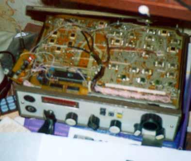 """Радиостанция 2Р20  """"Ангара-1 """" имеет характеристики , позволяющие с успехом использовать ее в любительской радиосвязи ."""
